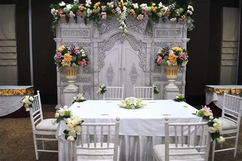 dekorasi meja akad nikah  rumah  wedding concept