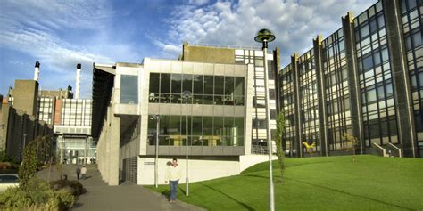 university  ulster  courses entry  application