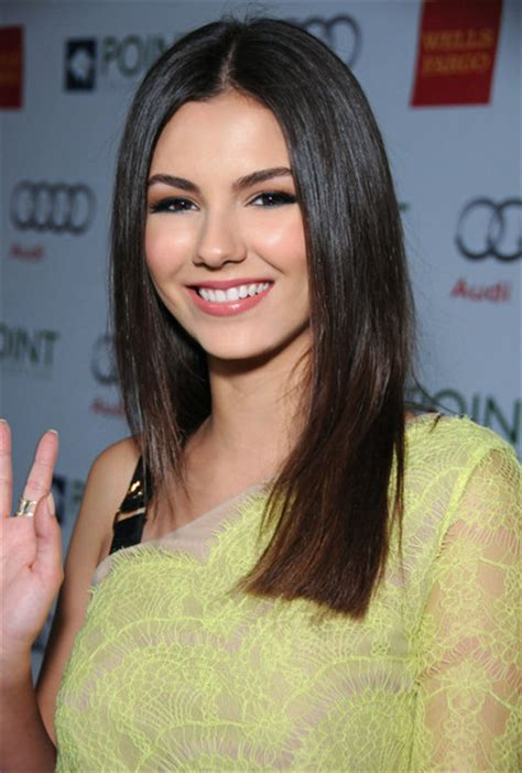 victoria justice 2014 long hairstyles long straight cut