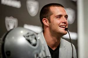 Derek Carr takes shot at Seahawks with Marshawn Lynch ...