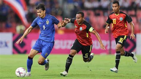 Thái lan (áo sẫm) quyết đánh bại indonesia để mở ra cơ hội đi tiếp tại bảng g. Lịch trực tiếp bóng đá hôm nay (17/11): Thái Lan so tài Indonesia, Bồ Đào Nha làm khách của ...