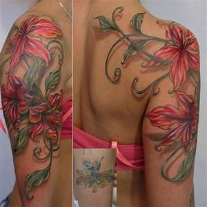 Tattoo Blumenranke Arm : 55 graceful sleeve shoulder tattoos ~ Frokenaadalensverden.com Haus und Dekorationen