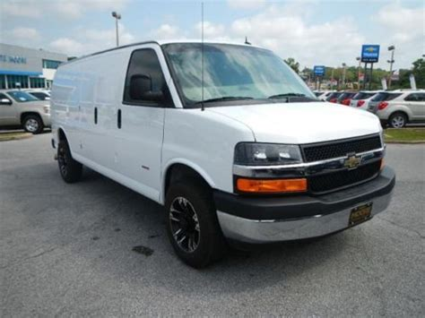security system 2012 chevrolet express 3500 navigation system find used 2013 chevy express 2500 duramax diesel navigation backup camera 50 085 00 msrp in