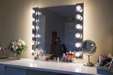 omg gorgeous diy vanity mirror forever you ve probably