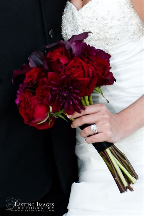 Red And Deep Purple Bridal Bouquet Lasting Images