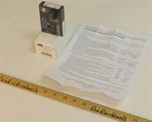 Grainger Dayton 15v826 Ac Current Sensing Relay 5
