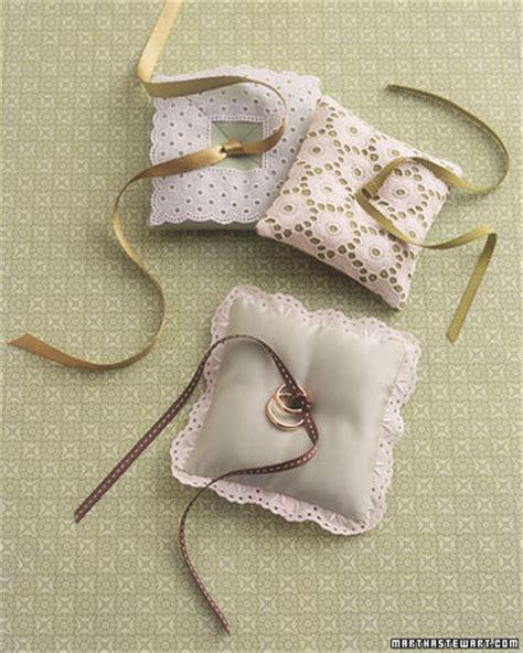 wedding details diy ring pillows