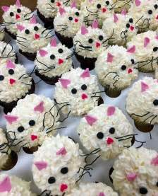 kitty cat cupcakes best 25 kitty cupcakes ideas on cat cupcakes