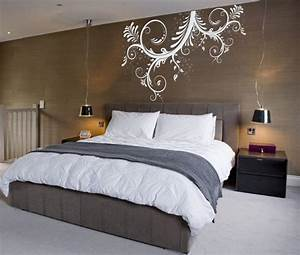Fantastic brown bedroom wall with exciting white mural