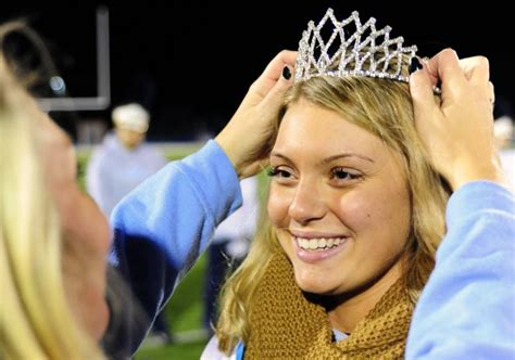 cape holds homecoming parade cape gazette