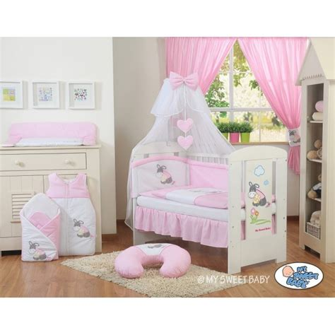 deco chambre minnie decoration chambre fille minnie paihhi com