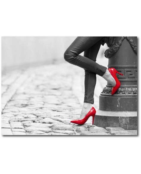 deco cuisine noir et gris chaussure paillettes tableau escarpins recouverts