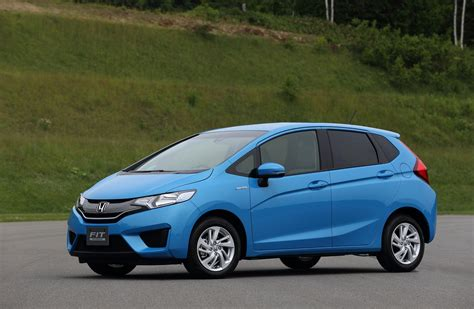 Maybe you would like to learn more about one of these? All-New 2015 Honda Fit Appears, Hybrid Model Too (Not For ...