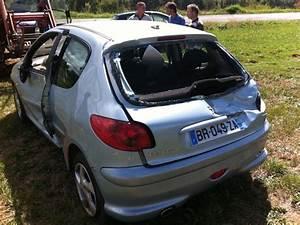 Voiture Accidenté : skaxspirit 206 hdi 2l xs voiture accident page 3 ~ Gottalentnigeria.com Avis de Voitures