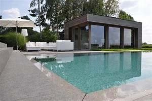 Pool House Toit Plat : veranclassic modern houten poolhouse in afrormosia ~ Melissatoandfro.com Idées de Décoration