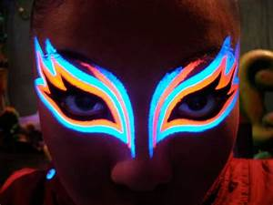 73 best images about Makeup: Black light Makeup on ...