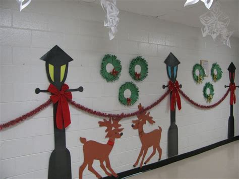 49 best christmas hallway decorations images on pinterest