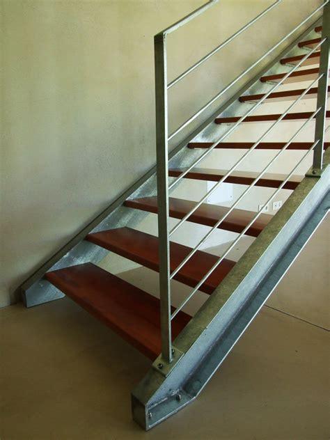 re d escalier en metal escaliers en acier galvanis 233 atelier fabiani 224 montauban