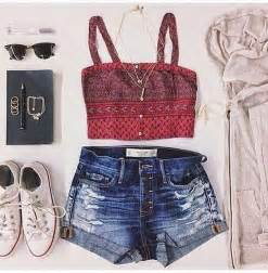 Cute Summer Outfits with White Converse