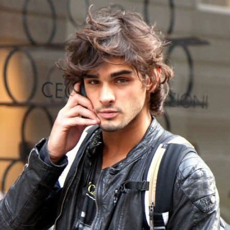 sporty long hairstyles  men