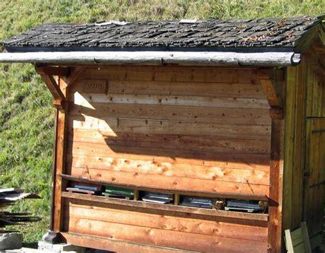 chambre style chalet construction de greniers savoyard traditionnels en bois