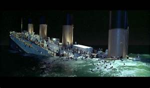 The Titanic Sinking Scene - Titanic - Fanpop