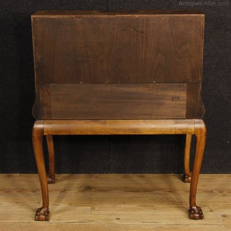 in bureau antiques atlas 20th century bureau in walnut and