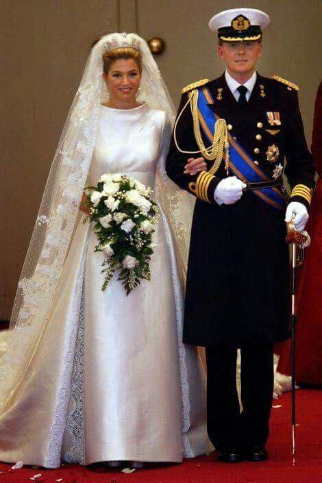 happy  wedding anniversary alexander  maxima