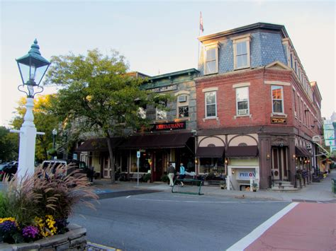 best small towns in new 5 best small towns in new england page 3 of 5 men s trait