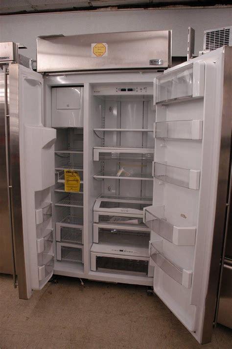 monogram zisbdx  built  side  side refrigerator  spillproof glass shelves multi