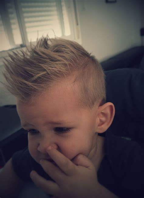 Boy Faux Hawk Hairstyle by 25 Beautiful Boys Faux Hawk Ideas On S