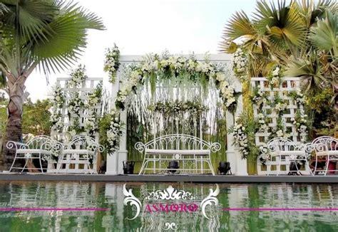 dekorasi pernikahan outdoor minimalis simpel