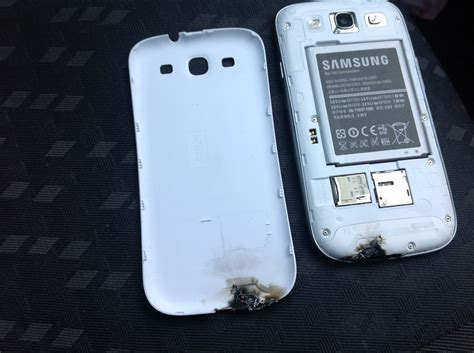 iphone blows up samsung s iphone blows up literally emirates 24 7