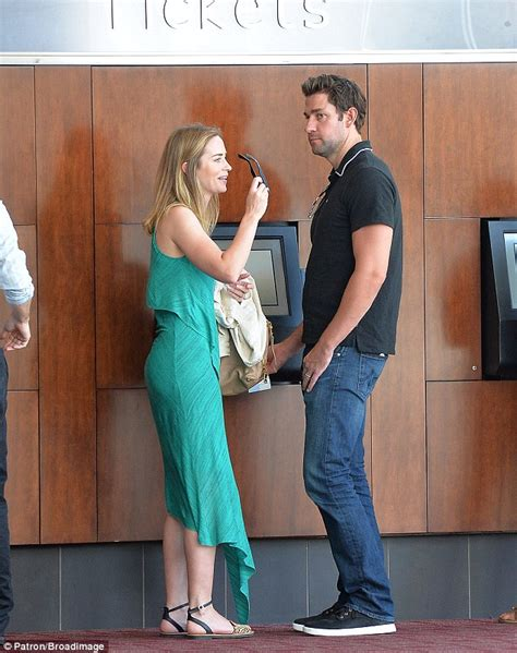 A collection of facts like affair, married, husband, children, net worth, relationship. Top 30 of Emily Blunt And John Krasinski Wedding Photos ...