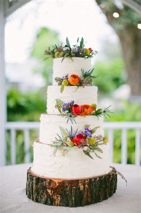 Beautiful White Wedding Cake With Floral Decor Tieredcake