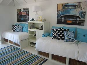 Twin bed guest room ideas bedroom tropical with twin beds