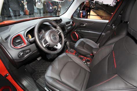 jeep renegade interior orange jeep renegade chega 10 de abril a partir de r 66900