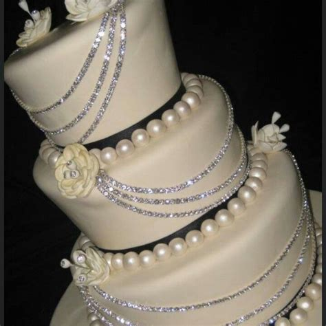 bling wedding cakes diamonds and pearls themed weddings diamonds and pearls