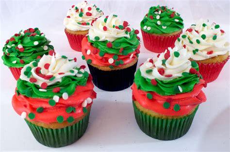 christmas swirl cupcakes  sisters