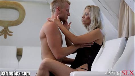 Daringsex Hot Milf Squirts Over And Over
