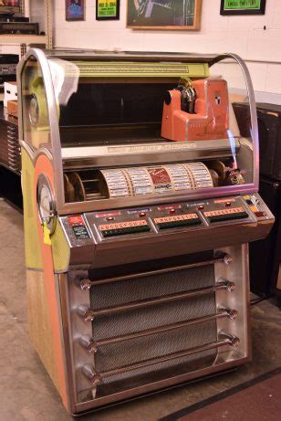 seeburg jukebox  jukebox vintage audio exchange