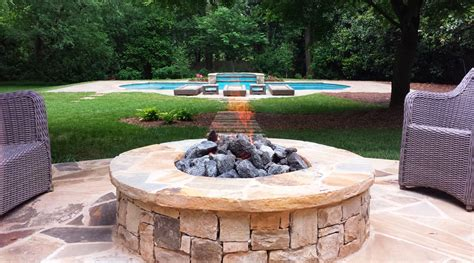 15 Cool Fire Pit Ideas