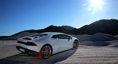 HD wallpapers lamborghini huracan full hd wallpaper