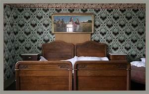 Bild Schlafzimmer Akt : schlafzimmer eines reichen bauern bild foto von ~ Kayakingforconservation.com Haus und Dekorationen