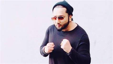 Honey Singh's 'dheere Dheere Se' Becomes First Indian Song