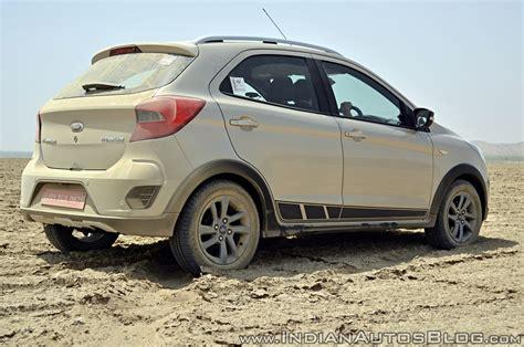 Ford Freestyle Reviews by Ford Freestyle Review Rear Angle