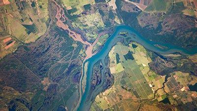 10 sungai paling berbahaya di dunia
