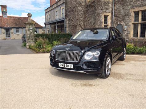 Bentley Ride And Drive To Llangoed Hall
