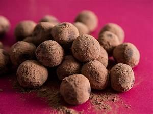 Chocolate Ganache Truffles Recipe | Serious Eats