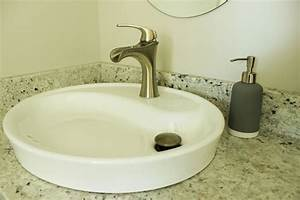 How to decorate a bathroom without clutter for Flat bathroom sinks